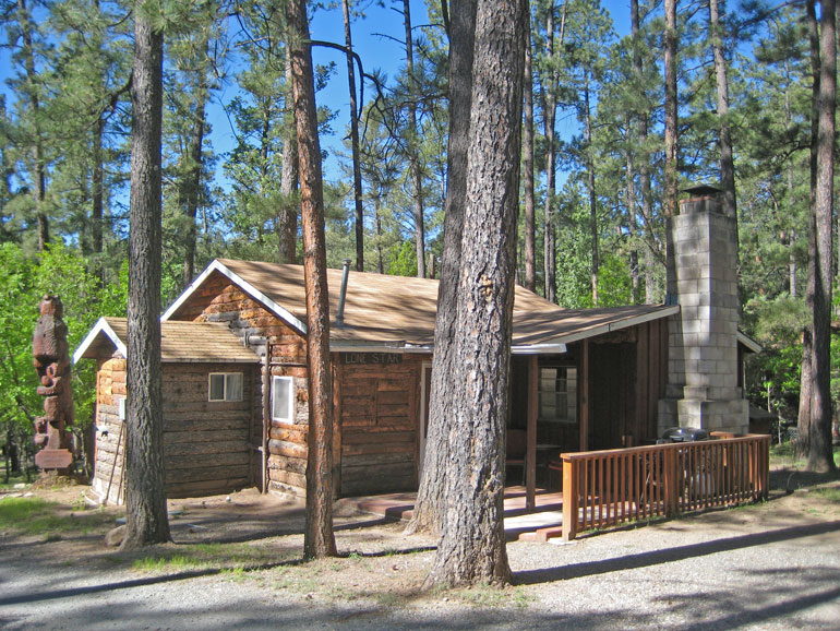 Lone Star Rental Cabin